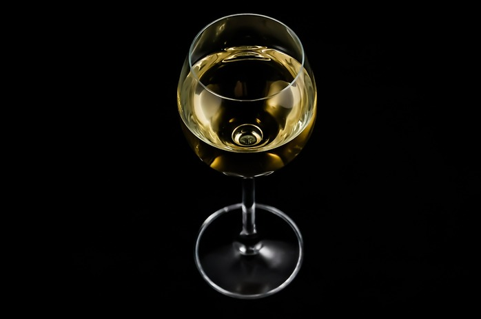 A glass of wine - photo in the public domain via Pixabay