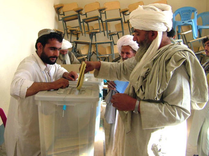 afghan elections voting man democracy