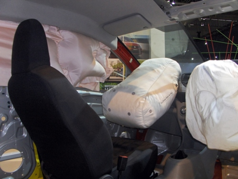 does,your,car,have,airbags,in,front,and,back  - Does your car have air bags in the front and the back?