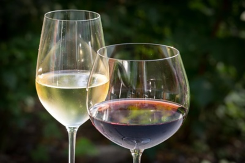do,you,drink,wine,out,of,proper,wine,glasses  - Do you drink wine out of proper wine glasses?