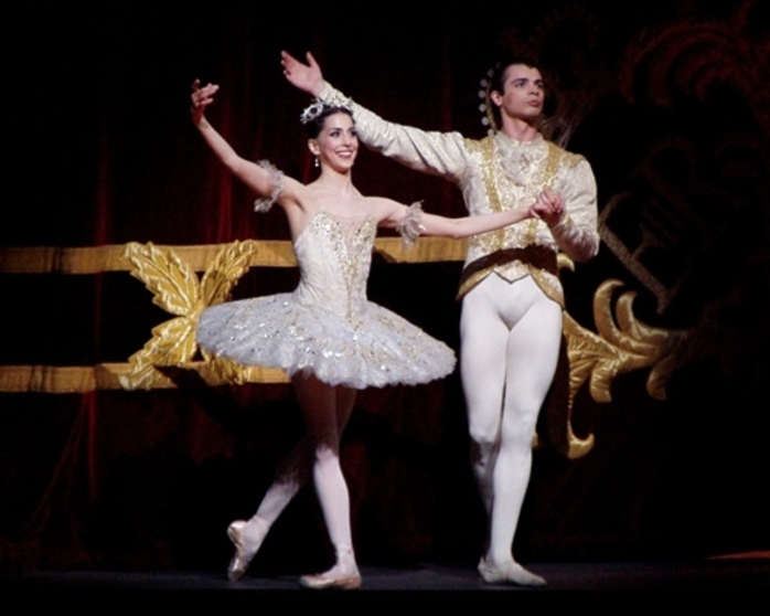 do,you,ever,go,and,watch,ballet,or,do,you,not,like,it
