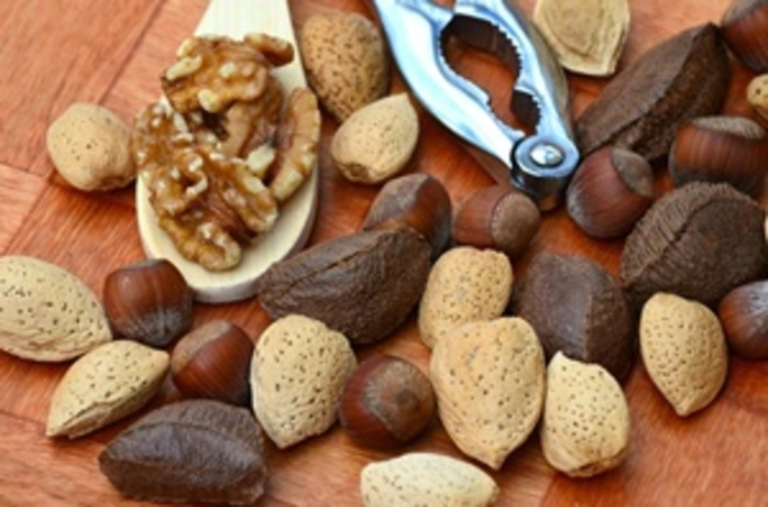 do,you,ever,snack,on,nuts,and,which,ones