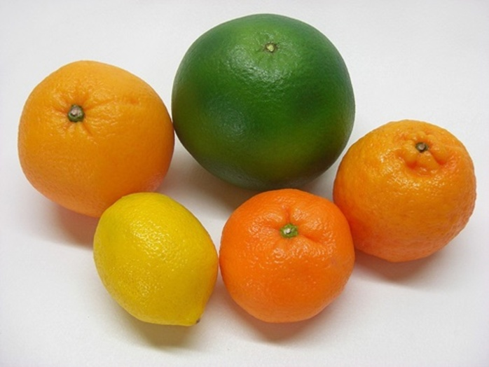 do,you,prefer,a,mandarin,or,an,orange