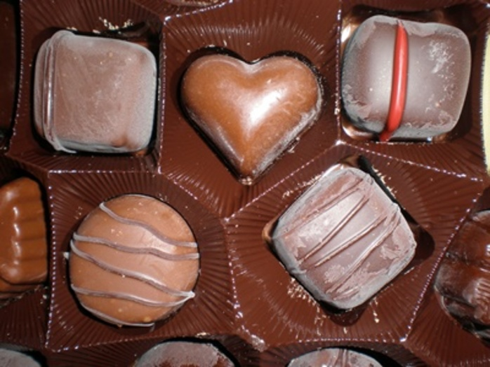 do,you,prefer,boxed,assorted,chocolates,or,a,chocolate,bar