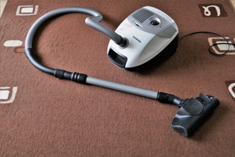 do,you,think,a,vacuum,cleaner,is,for,inside,use,only  - Do you consider a vacuum cleaner is for inside use only?