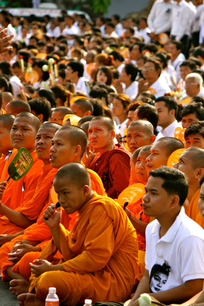 monks preying at a state ceremony in Cambodia