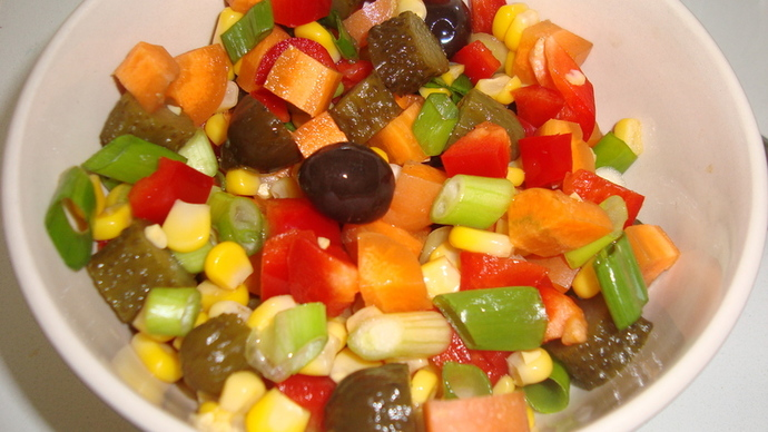 salads, colourful food, healthy salads