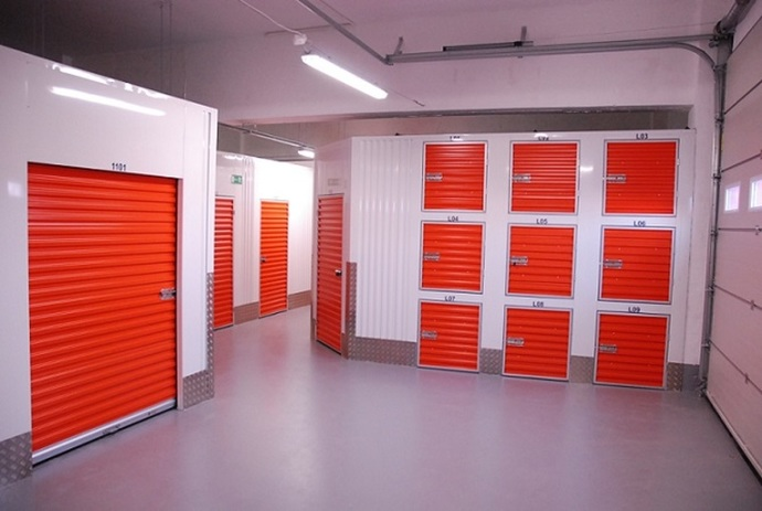 self storage possessions cupboards organisation