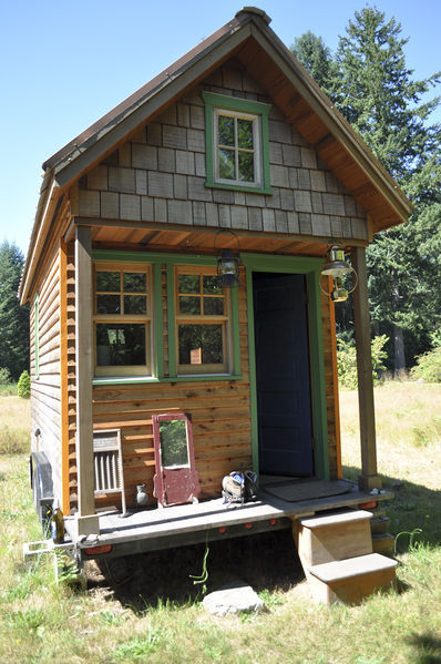 tiny house, small house, tiny house movement  - What do you think of the Tiny House Movement?