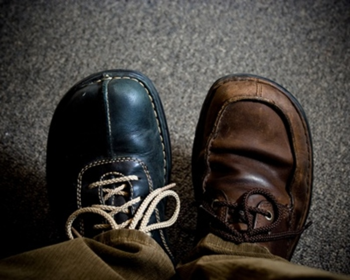 what,do,you,think,of,the,fashion,of,two,different,shoes