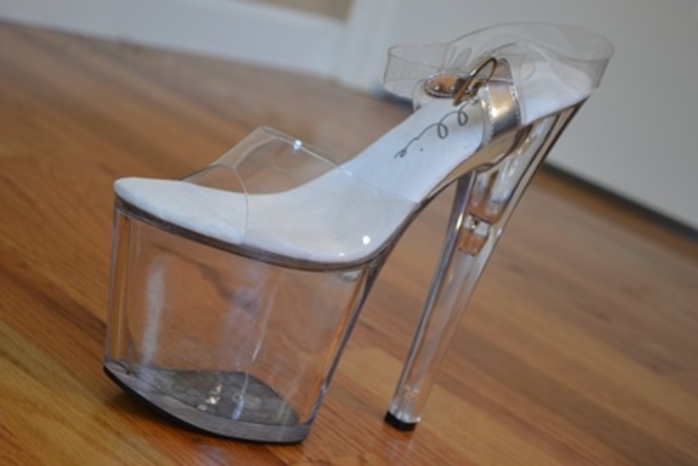 could,you,or,would,you,wear,shoes,like,this