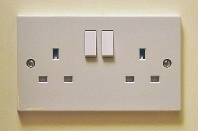do,u,turn,off,electricity,switches