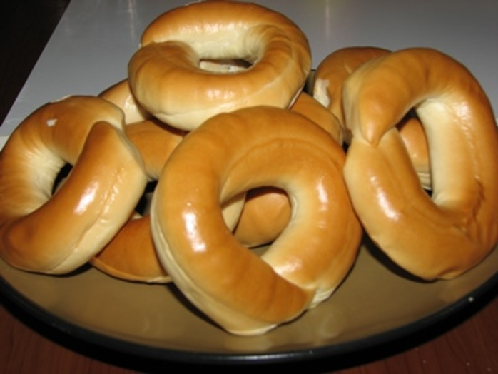 do,you,like,bagels,and,what,do,you,have,on,them