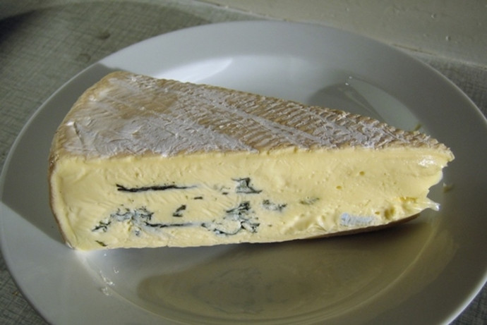 do,you,like,camembert,or,blue,cheese