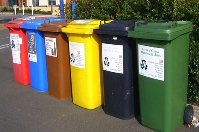 how,many,rubbish,bins,does,your,council,provide,you,with